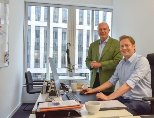 Koschyk besucht neues Büro des Netzwerk Junge Generation DeKr in Berlin